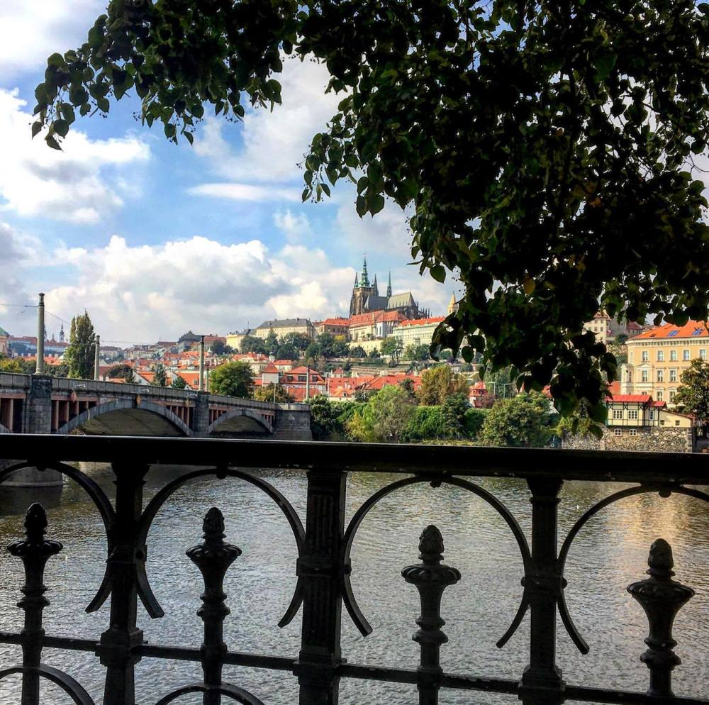 Prague charles.jpg